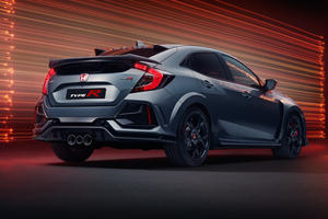 2020 Honda Civic Type R Sport Line Takes The Heat Out Of The Hot Hatch