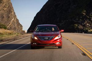 Comparison: 2011 Hyundai Sonata vs. 2011 Kia Optima
