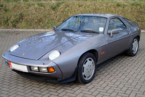 The Other Porsches: 928