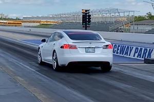 A 'Cheetah Stance' Tesla Model S Just Set A New Quarter-Mile Record