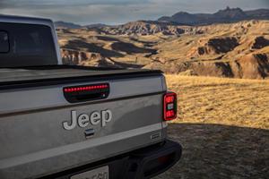 Jeep's Design Boss Says The Gladiator Ain't Pretty