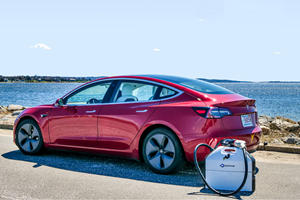 Portable EV Charger Is The Future Of Roadside Assistance