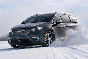 2020 Chrysler Pacifica AWD Arrives One Year Early