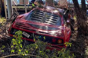 Ferrari F40 Wrecked In Australia