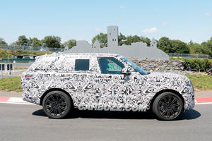 New Range Rover Hits The Nurburgring