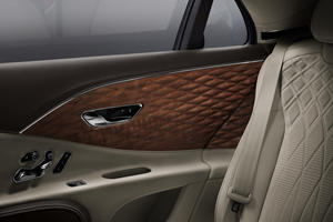 Bentley Uses World's First 3D Wood Panels On Flying Spur