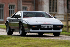 Colin Chapman's Lotus Esprit Turbo Gets A New Lease Of Life