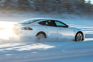 Tesla Owners In Snowy Climates Will Love This Latest Update