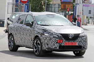 2021 Nissan Rogue Sport Spied With Juke-Inspired Styling