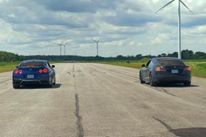Drag Race: Tesla Model S Performance Vs. Nissan GT-R