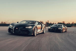 Bugatti Chiron Super Sport 300+ And Pur Sport Look Stunning Together