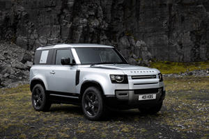 2021 Land Rover Defender 90 Is Here To Fight The Ford Bronco