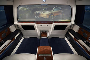 BMW Wants To Revolutionize Rear-Seat Entertainment