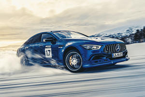 Drifting Mercedes-AMG Cars On A Frozen Lake Looks Epic