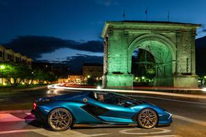 20 Lamborghinis Star In Stunning Photoshoot Across Italy