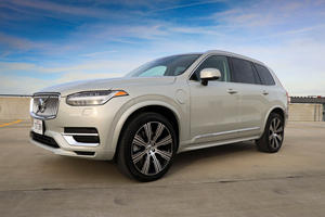 bigger, more luxurious volvo suv coming in 2022 | carbuzz