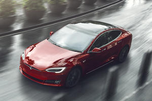 Tesla Quietly Ends Generous Full Refund Policy