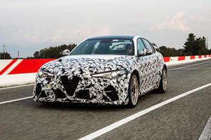 Watch F1 Drivers Hoon The Alfa Romeo Giulia GTA
