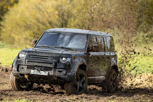 We Drove The Land Rover Defender From James Bond's 'No Time To Die'