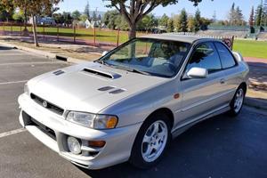 The Subaru Impreza 2.5RS Is A Forgotten Icon