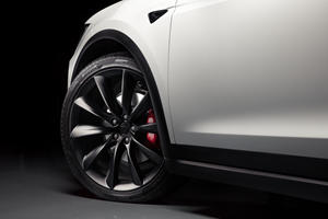 Tesla Allegedly Concealed Known Suspension Defect In Model S And X
