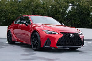 What We Love And Hate About The 2021 Lexus IS