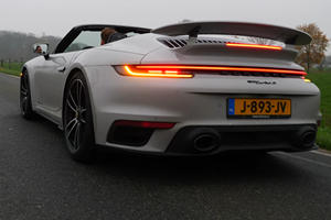 Watch A Porsche 911 Turbo S Cabriolet Hit 187 MPH With The Roof Down