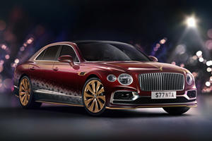 The Bentley Flying Spur Suits Up For Christmas