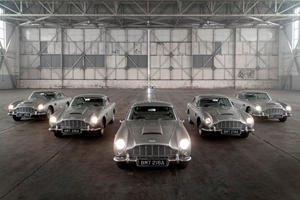 Aston Martin Gathers 5 DB5 Goldfingers For One Time Only
