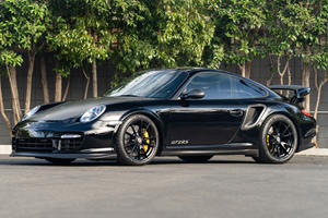 Immaculate 997 Porsche 911 GT2 RS Is Practically Brand New