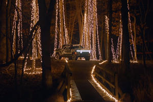 Rivian R1T Powers Up 20,000 Christmas Lights