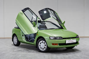 Butterfly-Doored Toyota Sera Was Years Ahead Of Its Time