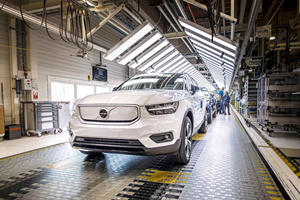 Volvo Ramps Up Production Of Electric Cars