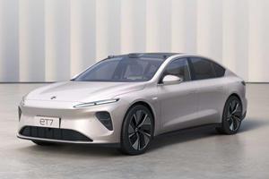 Presenting The 2022 Nio ET7 All-Electric Luxury Sedan