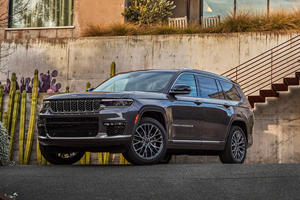 When Will The New Two-Row Jeep Grand Cherokee Arrive?
