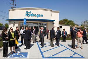 California Opens First Hydrogen Station Using Existing Infrastructure