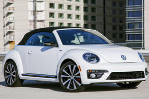 VW Beetle R-Line Cabrio Debuts in US