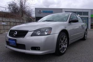 Weekly Treasure: 2005 Nissan Altima SE-R