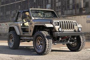 Custom Jeep Wrangler Combines Retro Styling With Modern Tech