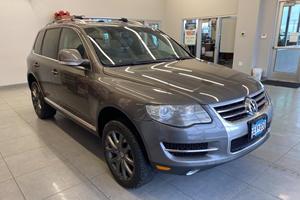 Weekly Treasure: 2008 Volkswagen Touareg V8