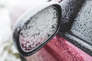 How to Remove Ice From Your Car