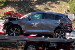 """Tiger Woods """"Lucky To Be Alive"""" In Genesis GV80 Crash"""