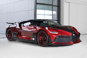 """One-Of-One Bugatti Divo Lady Bug Redefines """"Custom"""""""