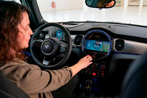 Mini's New Infotainment System Is A Big Step Up