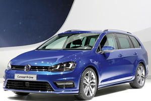 Golf Variant Debuts with R-Line Concept
