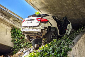 Maserati Levante Gets Wedged Under Freeway In Wild Police Chase