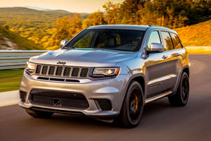Australians Went Crazy For Jeep Grand Cherokee SRT And Trackhawk