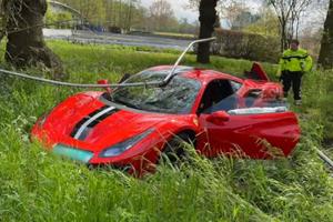 One-Day-Old Ferrari 488 Pista Has Embarrassing Crash