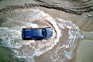 Top Tips For Driving Your Car Through Deep Water