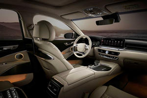 Here's The New Interior Of The Kia K9 That We Won't Get